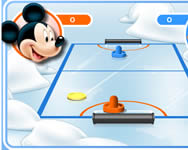 Mickey and friends shoot and score �llatos j�t�kok